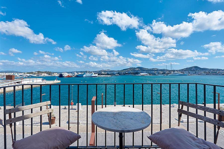 Luxury villas in Ibiza - A good investment?