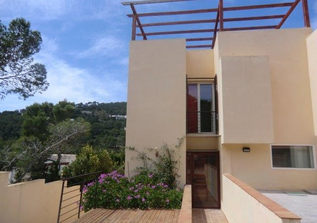 Five bedroom house for sale in Cala Carbo