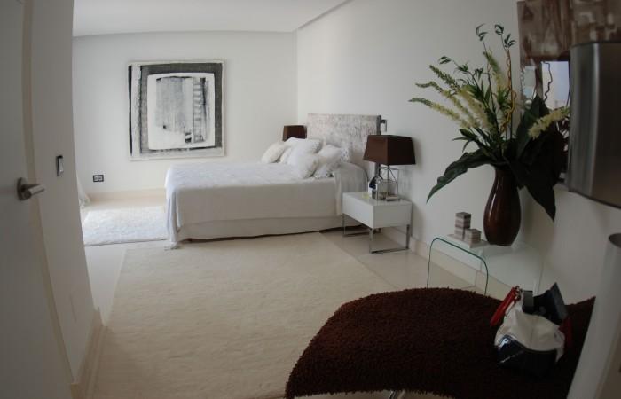 Modern seven bedroom villa for sale in Vista Alegre