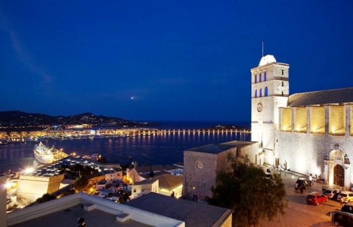 Fantastic Palacio Bardaji For Sale In Ibiza