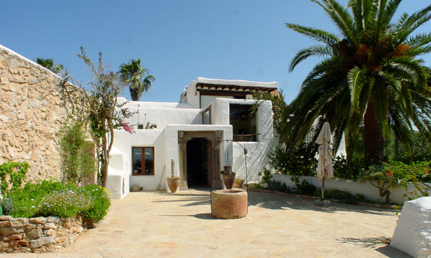 Finca for sale overlooking Formentara