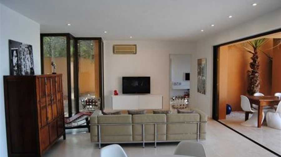 Family house in the exclusive urbanization Calo d'en Real