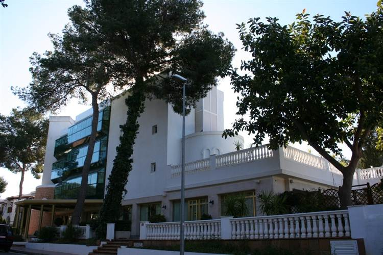 Four Star Luxury Suite Hotel In Ibiza For Sale
