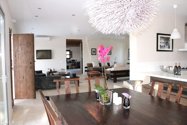 For sale 9 rooms luxury Villa in San Lorenzo and San Carlos in Ibiza