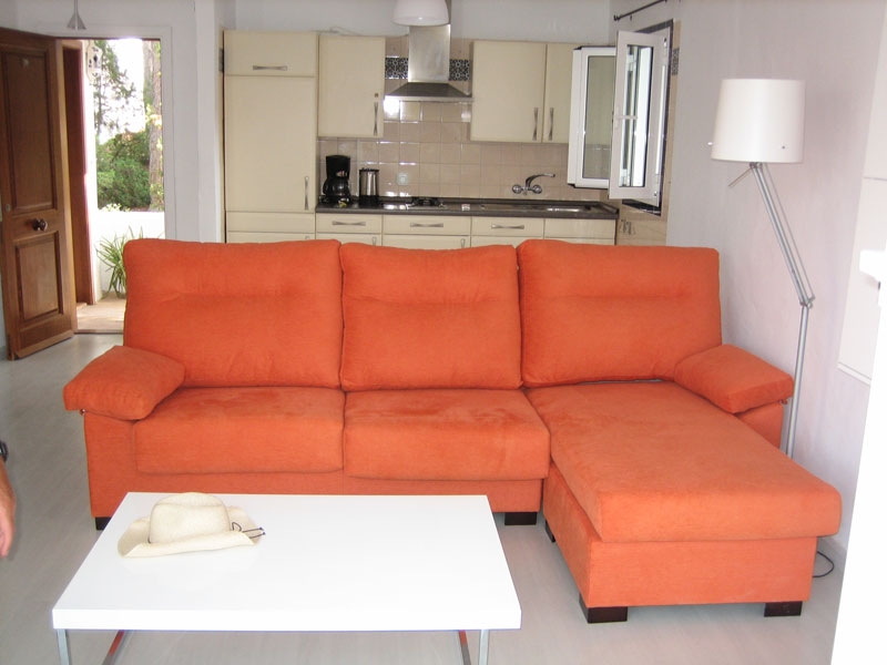 Lovely two bedroom apartment in Cala Vadella for sale