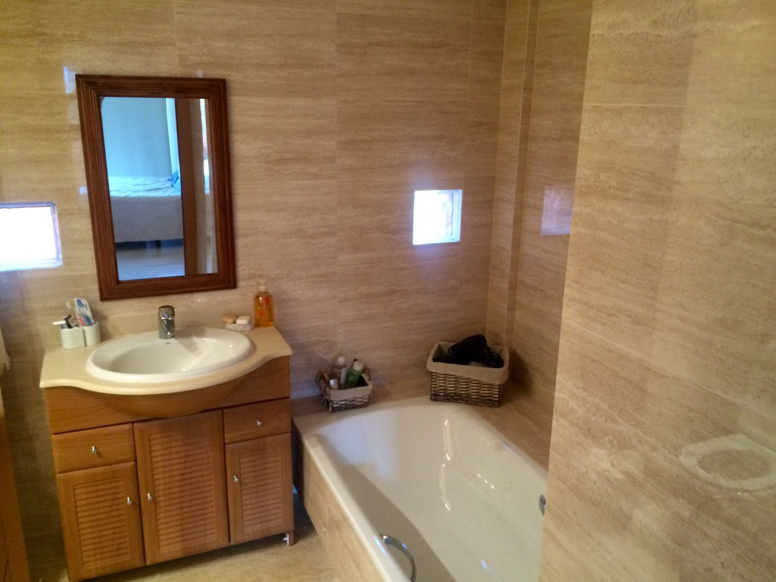 Ground floor apartment in Roca Llisa