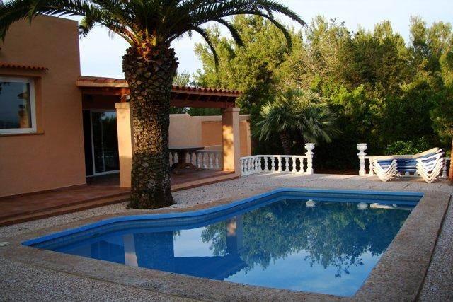Five bedroom Villa in San Rafael San Antonio