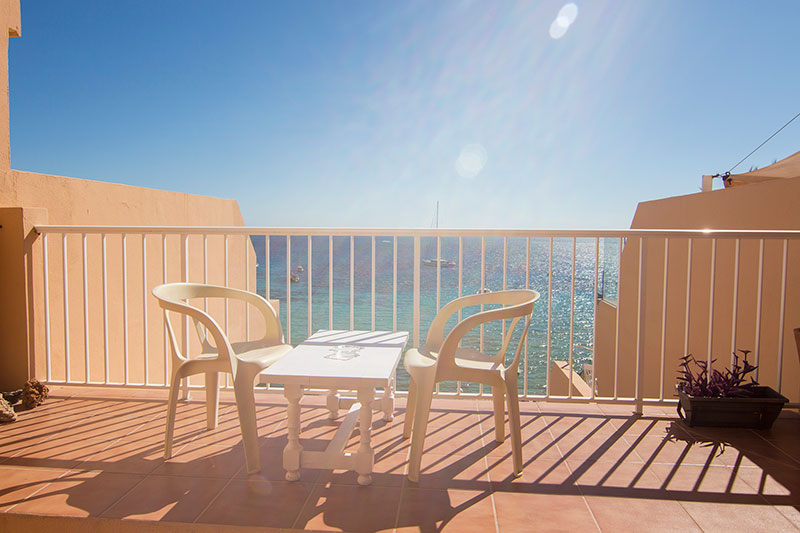 Nice two bedroom apartment for sale in Cala Tarida