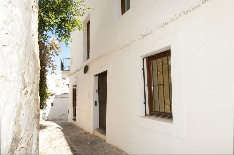 Luxury Apartment Apartment in Dalt Vila for sale