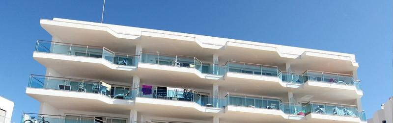 Condominium with 12 apartments and a Beach Club for sale