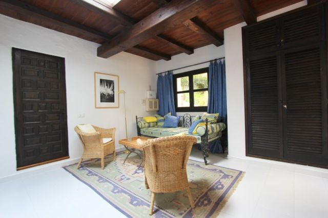Well maintained house in finca style in Santa Eulalia