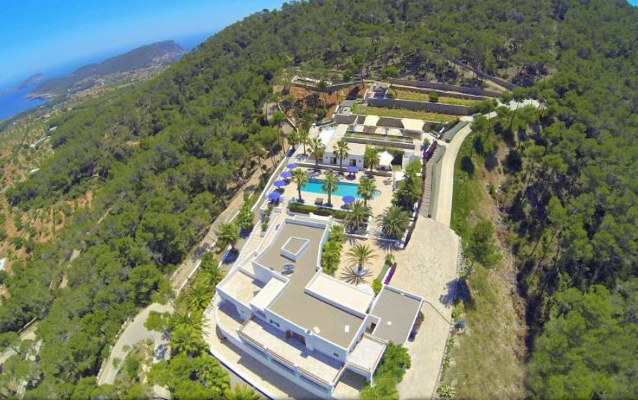 Most luxurious luxury villa on a mountain near San Carlos
