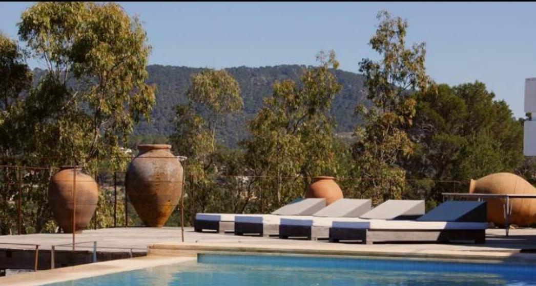 Paradisiacal luxury villa in Cala Vadella for sale