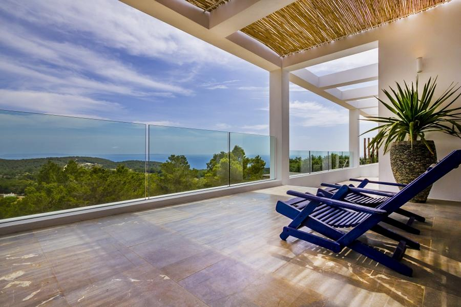 Villa in Es Cubells with sea views and lots of nature