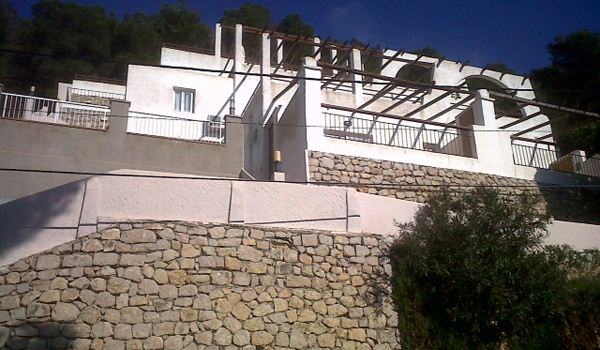 Investment with 10% return in Cala Llonga - Apartmentblock with stunning views