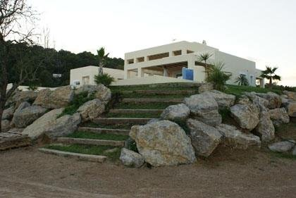 Luxury villa with 4 bedrooms in San Rafael Ibiza for sale