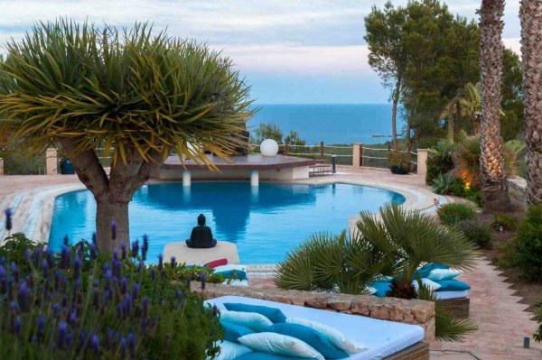 Luxury villa with 6 bedrooms for sale in Ibiza