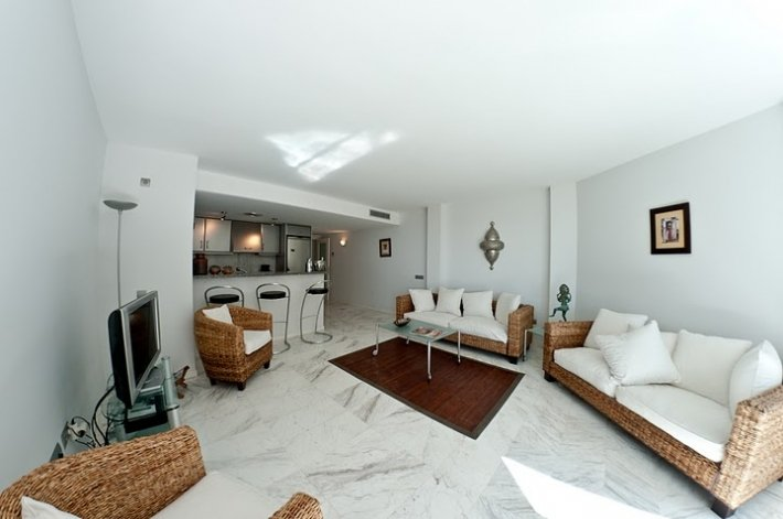 Luxury apartment with 4 bedrooms in Ibiza Marina Botafoch for sale