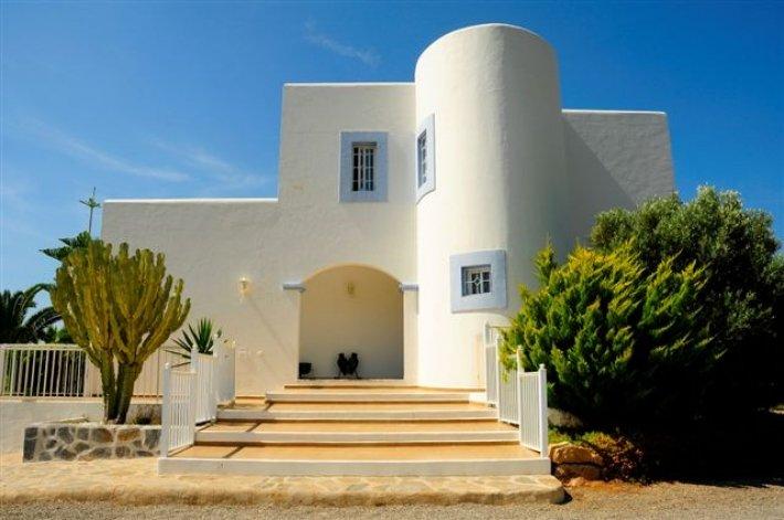 Luxury villa with 4 bedrooms in San Juan de Portmany for rent