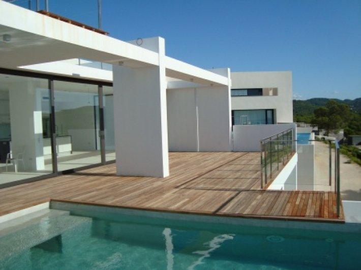 Luxury Villa with 5 bedrooms in Vista Alegre for sale
