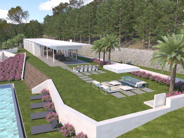 This beautiful 6 bedroom Villa Atalaia for sale