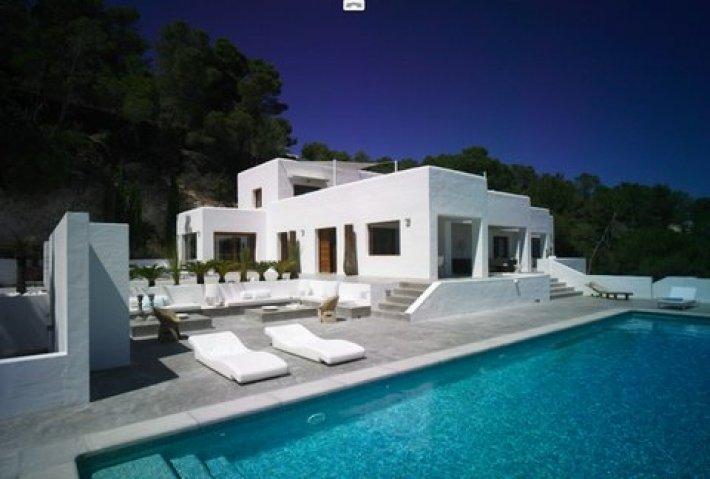 Santa Eulalia villa for sale and rent