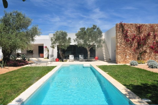 Luxury villa with 3 bedrooms in Ibiza for rent