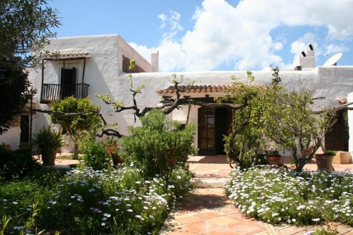 House with 7 bedrooms for sale in Atalaia