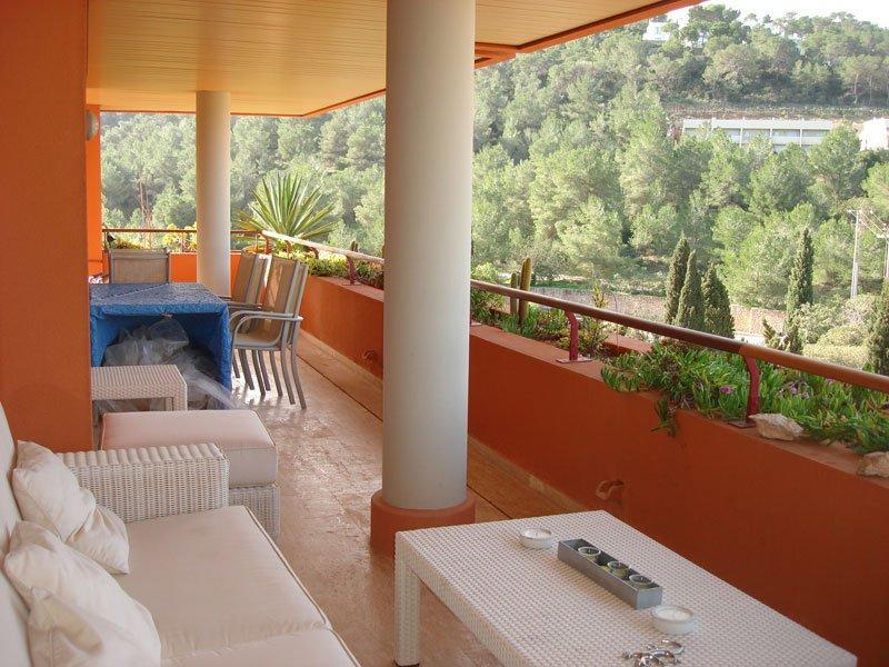 Nice fantastic 2 bedroom apartment in Roca Lisa sale