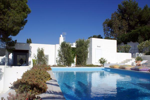 Beautiful four bedroom villa in Cala Moli