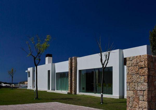 Six  Bedroom Villa in Cala Conta for sale