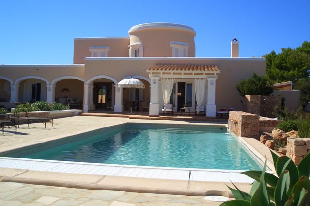 Luxury villa for sale with sea views in Formentera