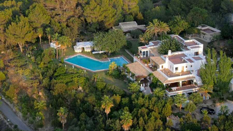 Very nice property with sea views in a quiet area near San Agustin