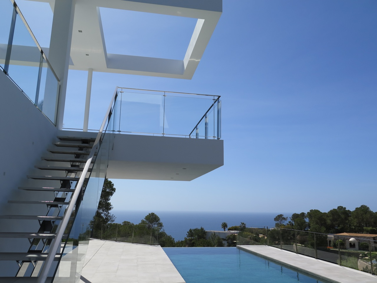 New modern Villa for sale in Vista Alegre