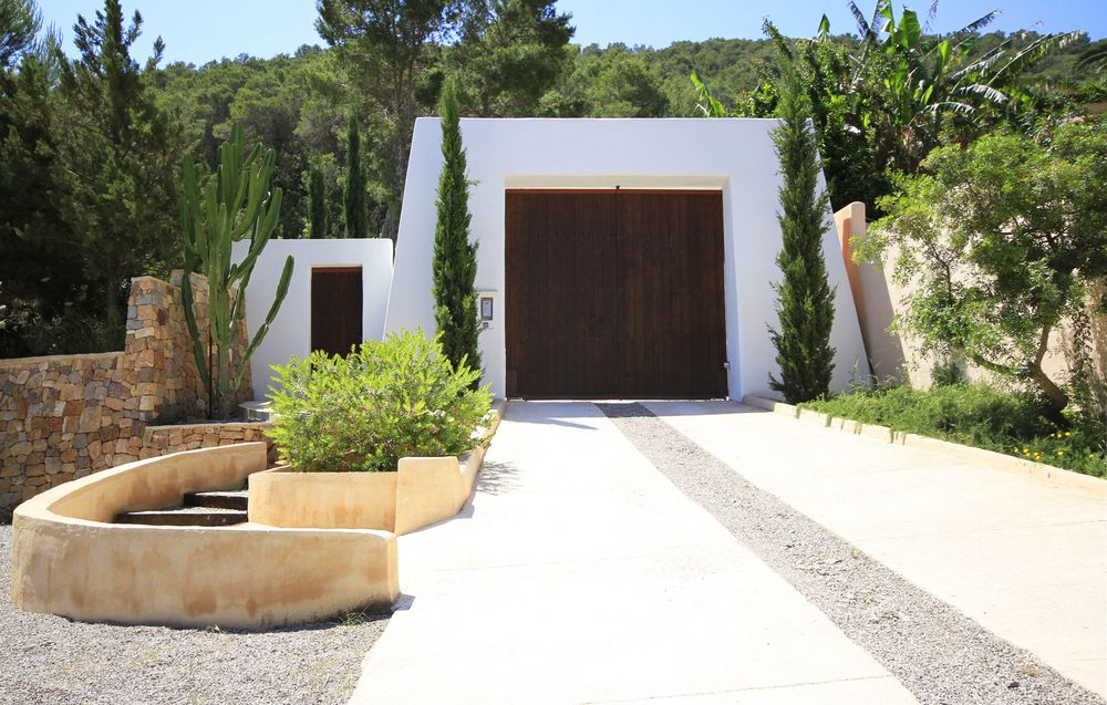 Finca for sale with high quality materials build