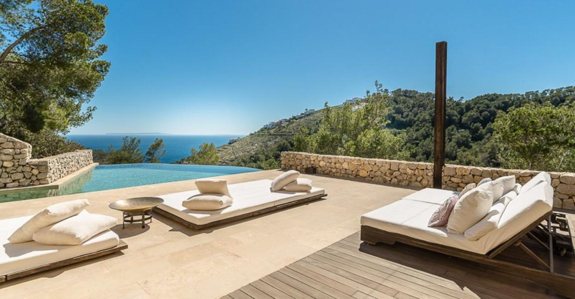 Fantastic Villa with best views in Roca Llisa