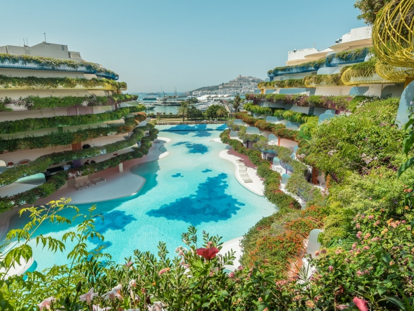 Modern apartment for sale in Ibiza marinas with super view of the sea