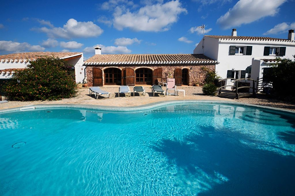 Completely renovated antique Villa for sale in Menorca - Mahon