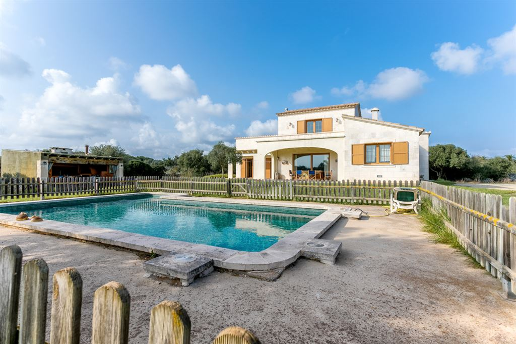Beautiful country house for sale in Menorca nahe Mahon