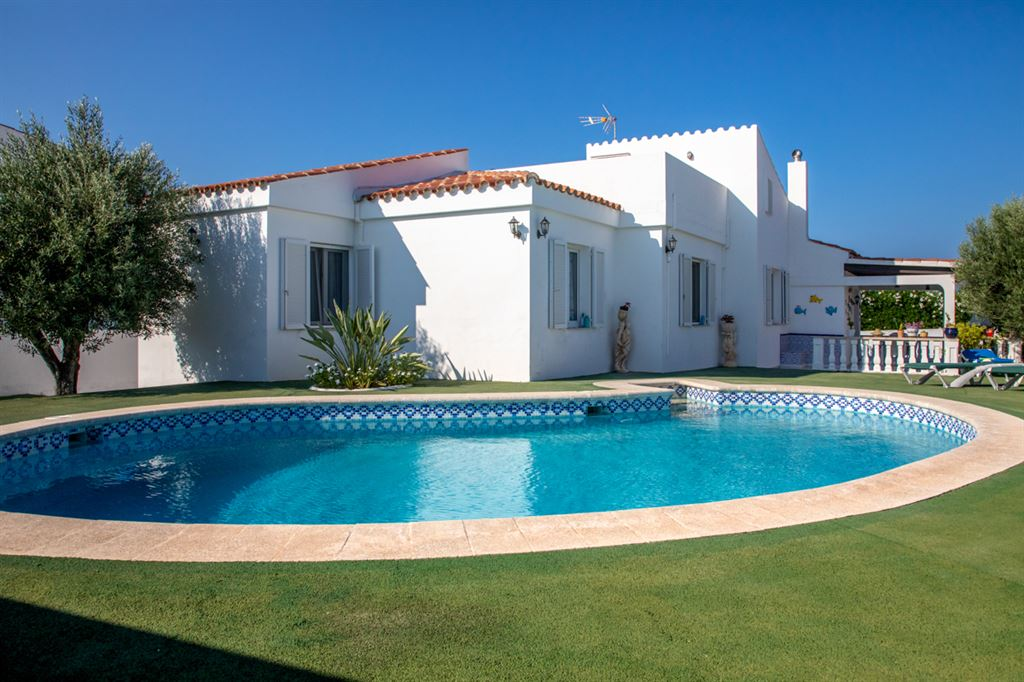 Very nice villa in Sol Del Este on Menorca for sale