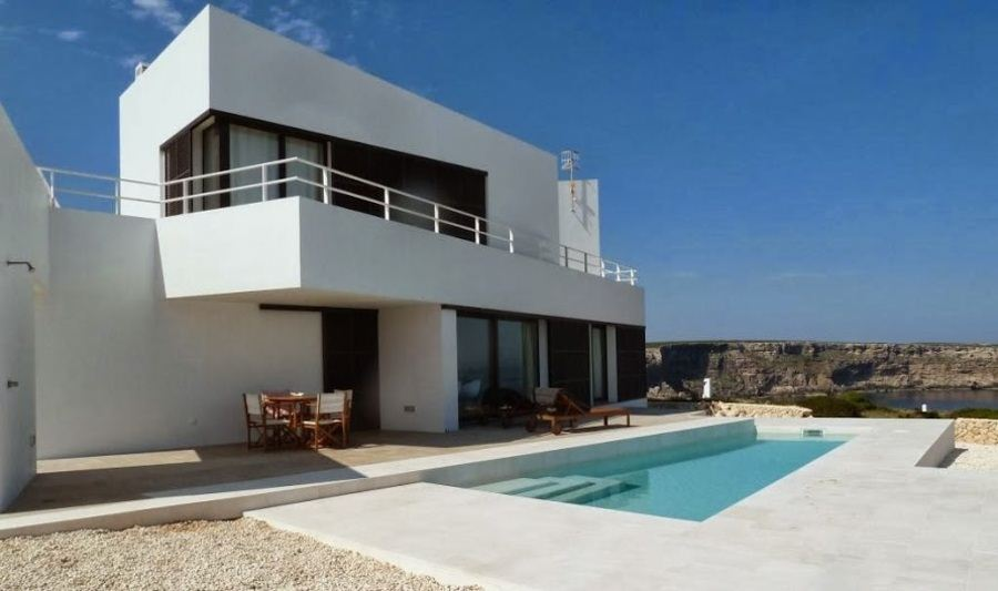 Villa of 290 sqm in Cala Morell near Ciutadella on the northwest coast of Menorca