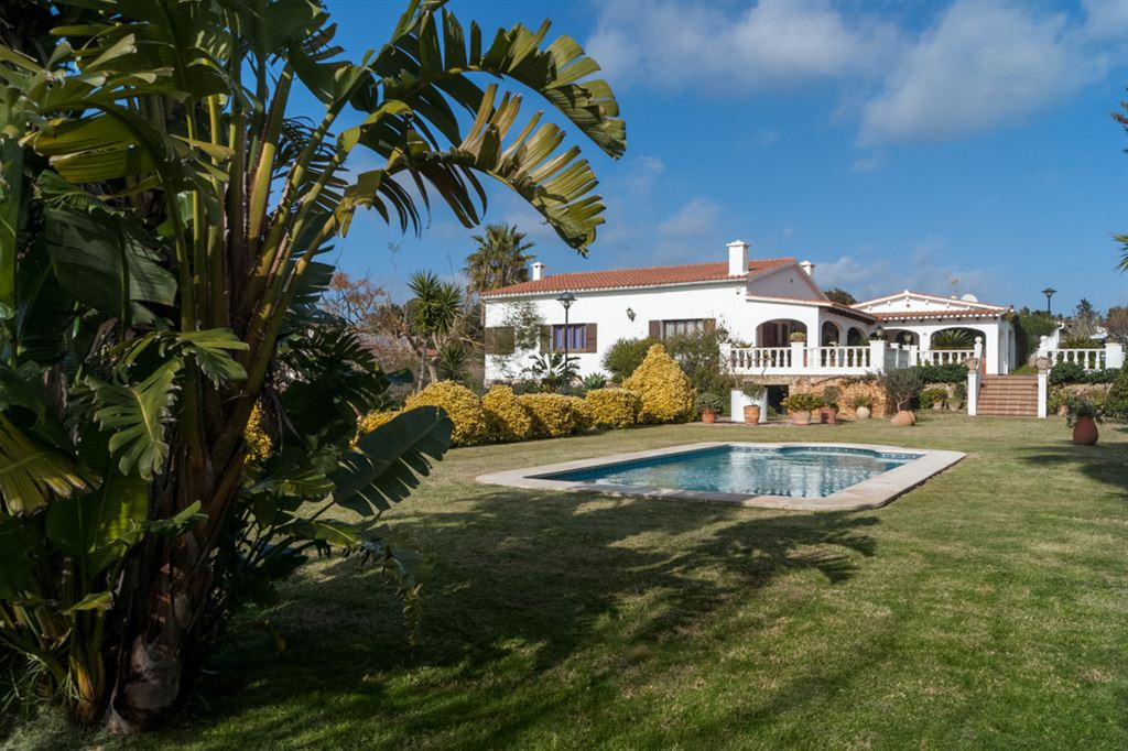 Nice villa for sale with pool in La Argentina