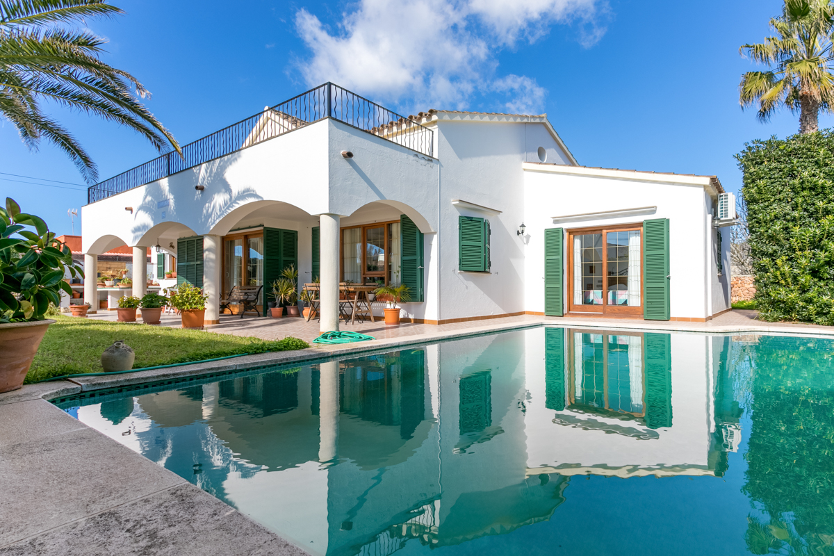Excellent villa with pool in a peaceful location in Son Ganxo