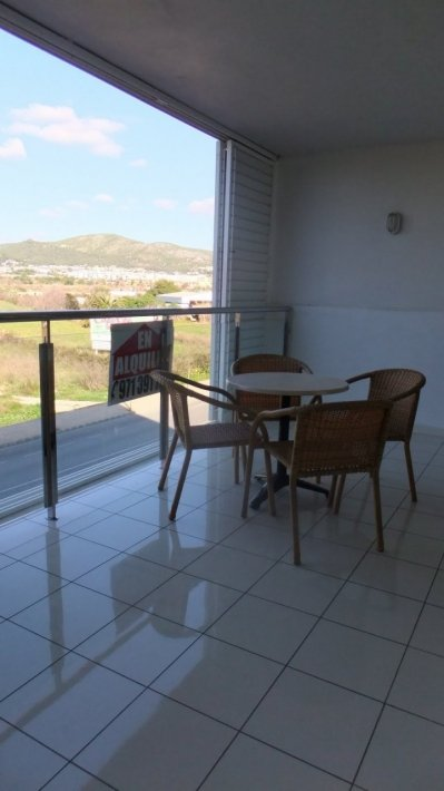 2 bedroom apartment in Playa d'en Bossa for rent