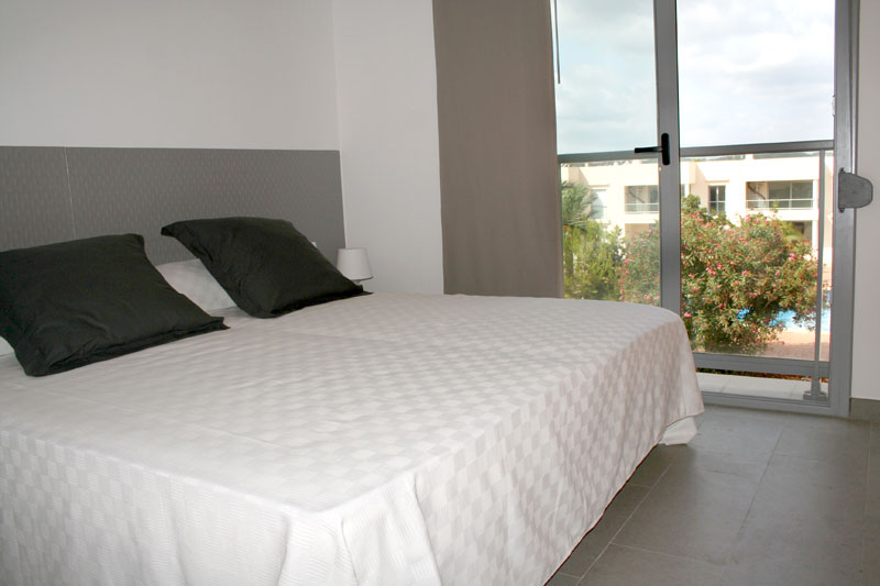Nice three bedroom terraced house for sale in Cala Llonga