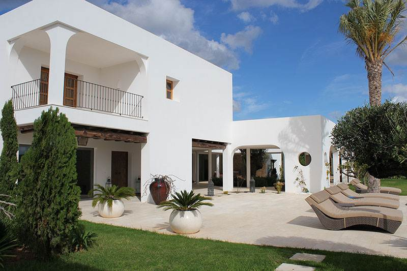 Luxury villa with 7 bedrooms for sale in Santa Eulalia