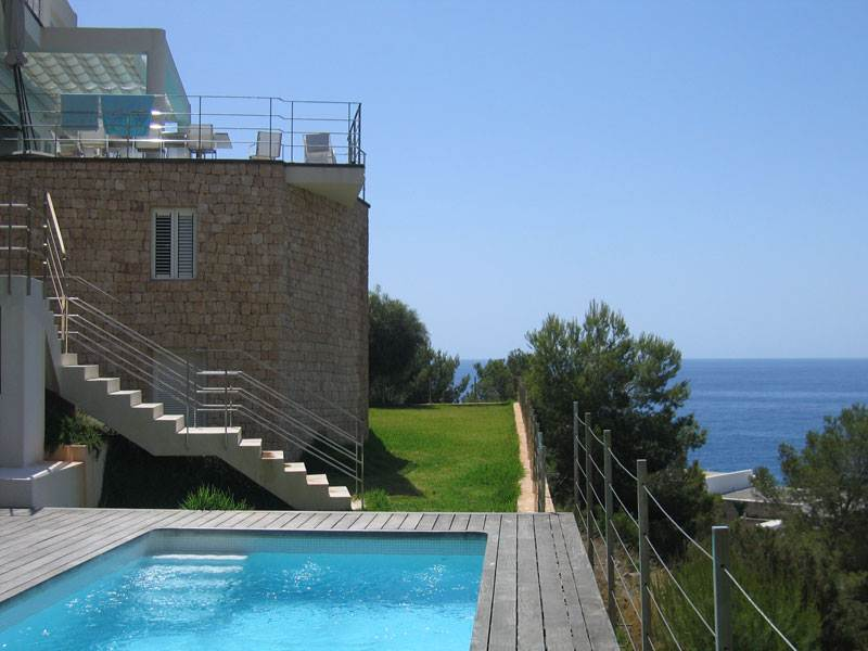 Luxury Villa with 6 rooms design for sale in Roca Lisa