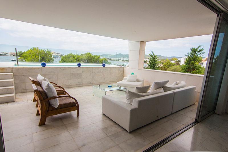 Sale four-bedroom apartment in Talamanca