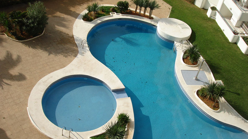 This beautiful 3 bedroom duplex for sale in Marina Botafoch