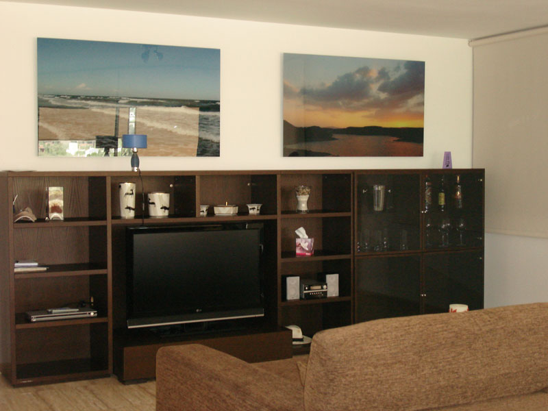 This beautiful 2 bedroom apartment for sale in Marina Botafoch
